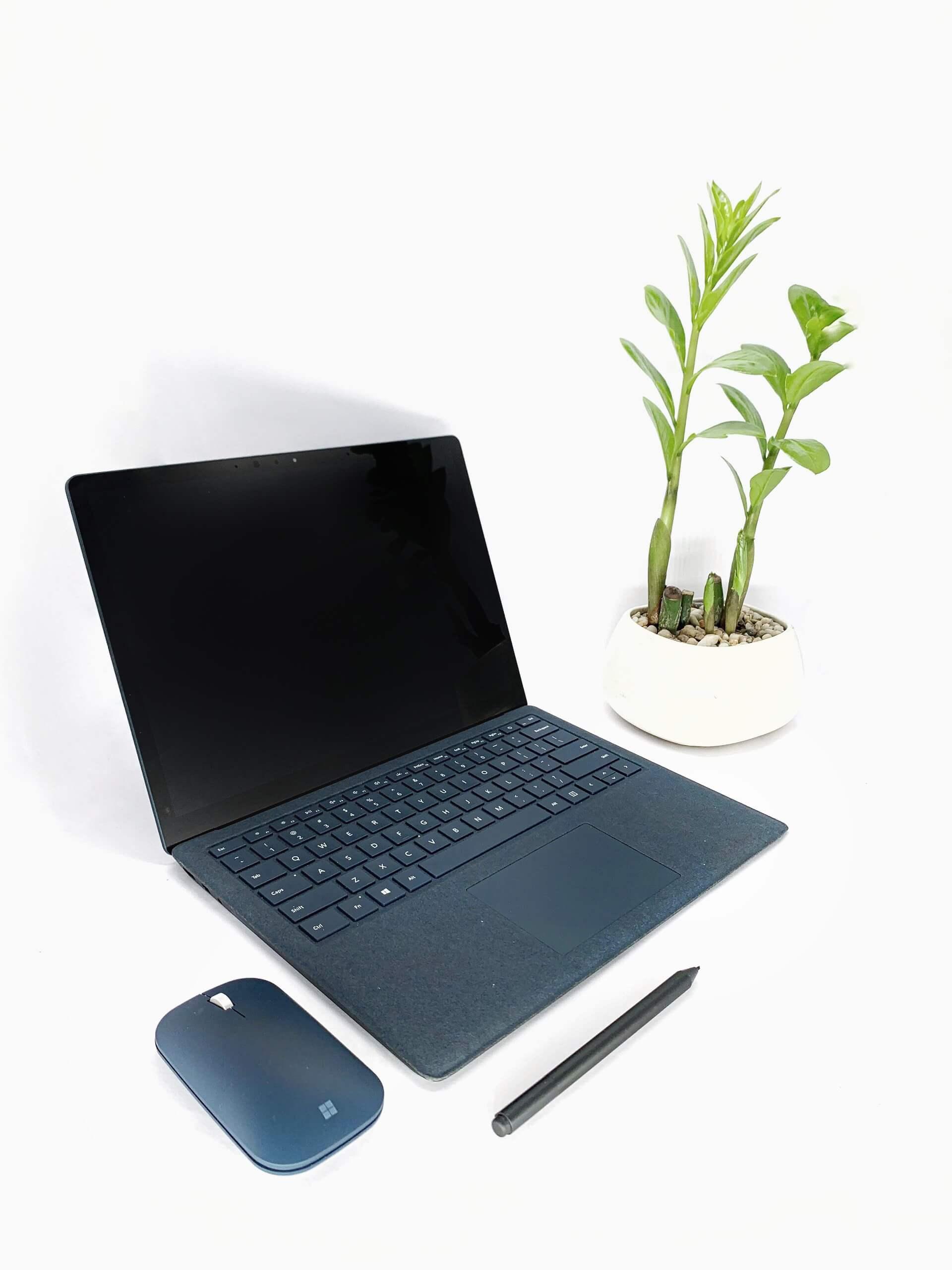 các dòng máy tính surface